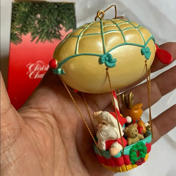 The Christmas Tree 1991.3 5 Up Above The World So High Ornament 1991 Vtg